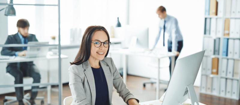 מזכירה, שירות לקוחות, טלפון, מחשב
